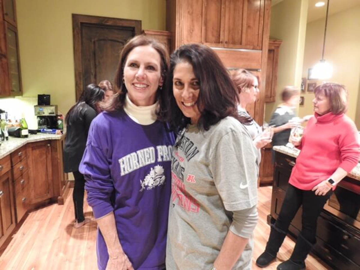 Valerie Burman and Jennifer Beckham at Rosemary Schatzman party