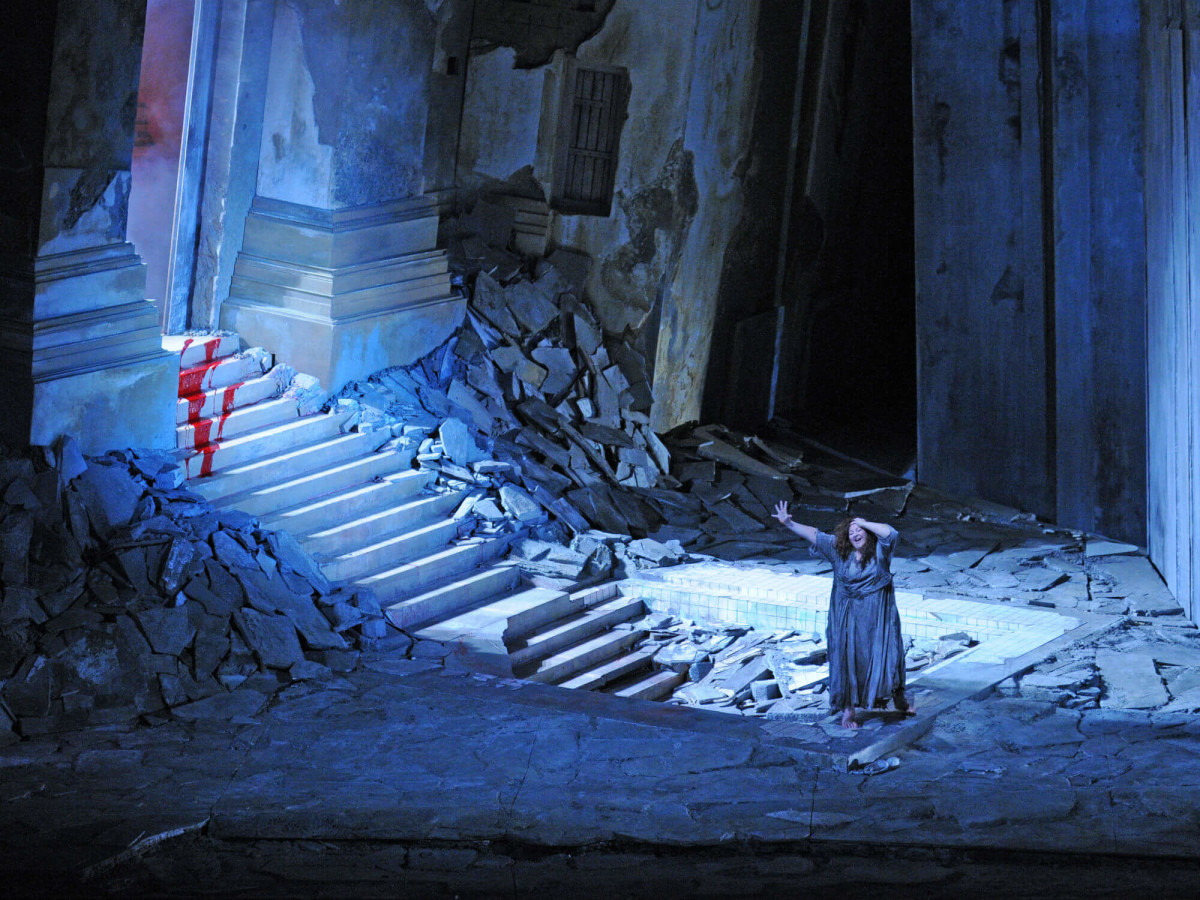 Houston Grand Opera presents <i>Elektra</i>