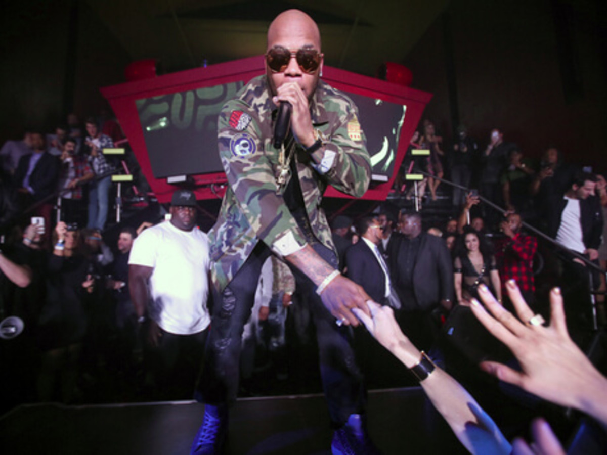 Houston, Playboy and Tao Super Bowl Party, Jan 2017, Recording artist Flo Rida performs onstage during the Playboy party