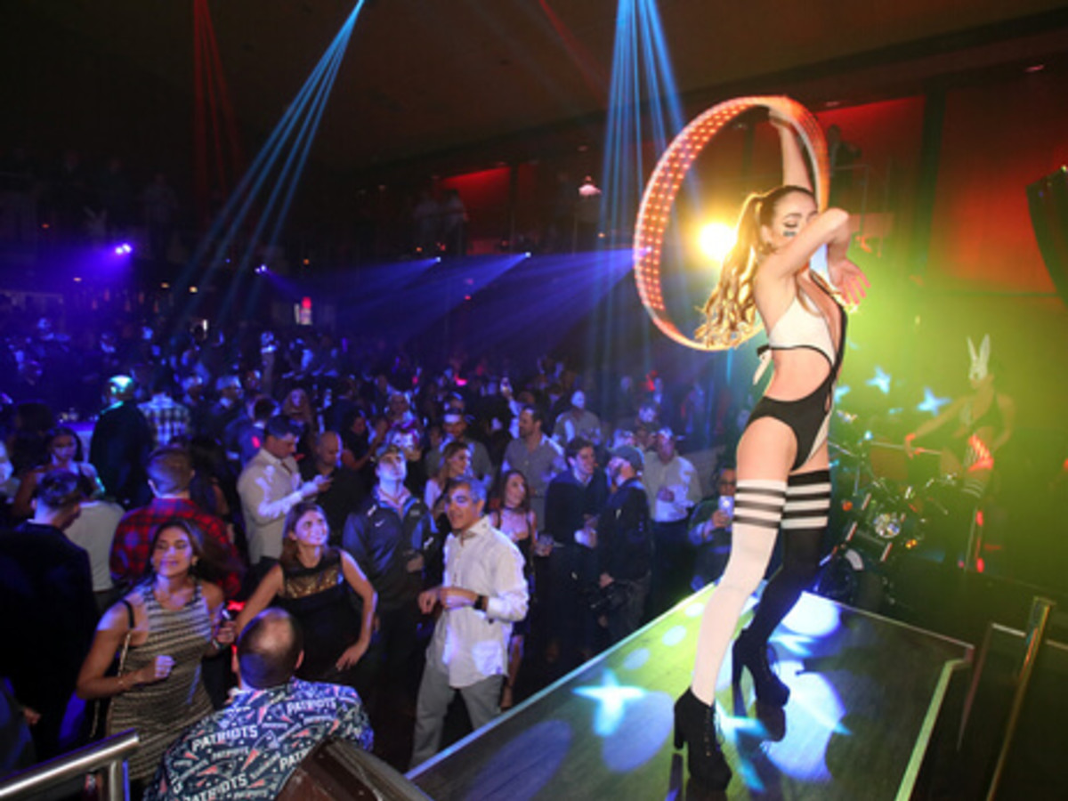 Houston, Playboy and Tao Super Bowl Party, Jan 2017, Dancers perform during the Playboy party