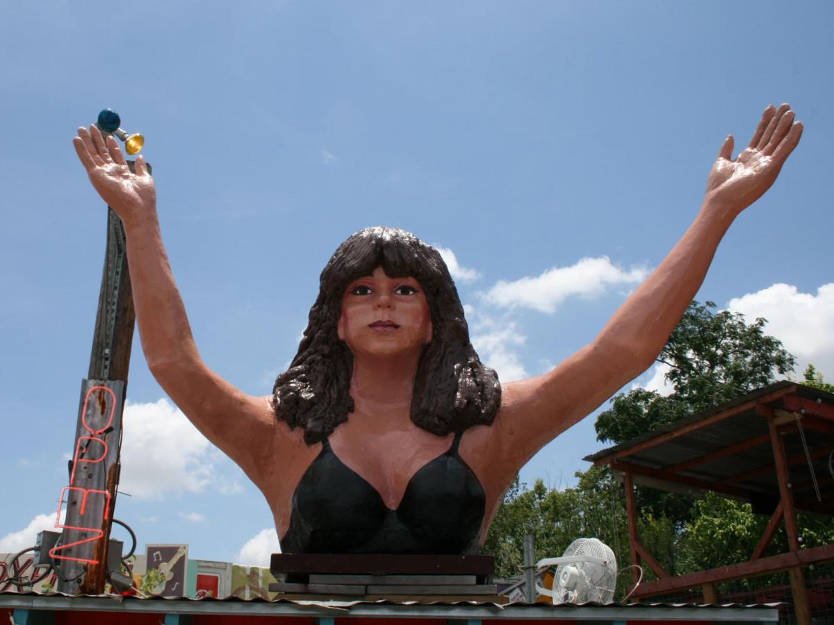 Maria's Taco Xpress statue
