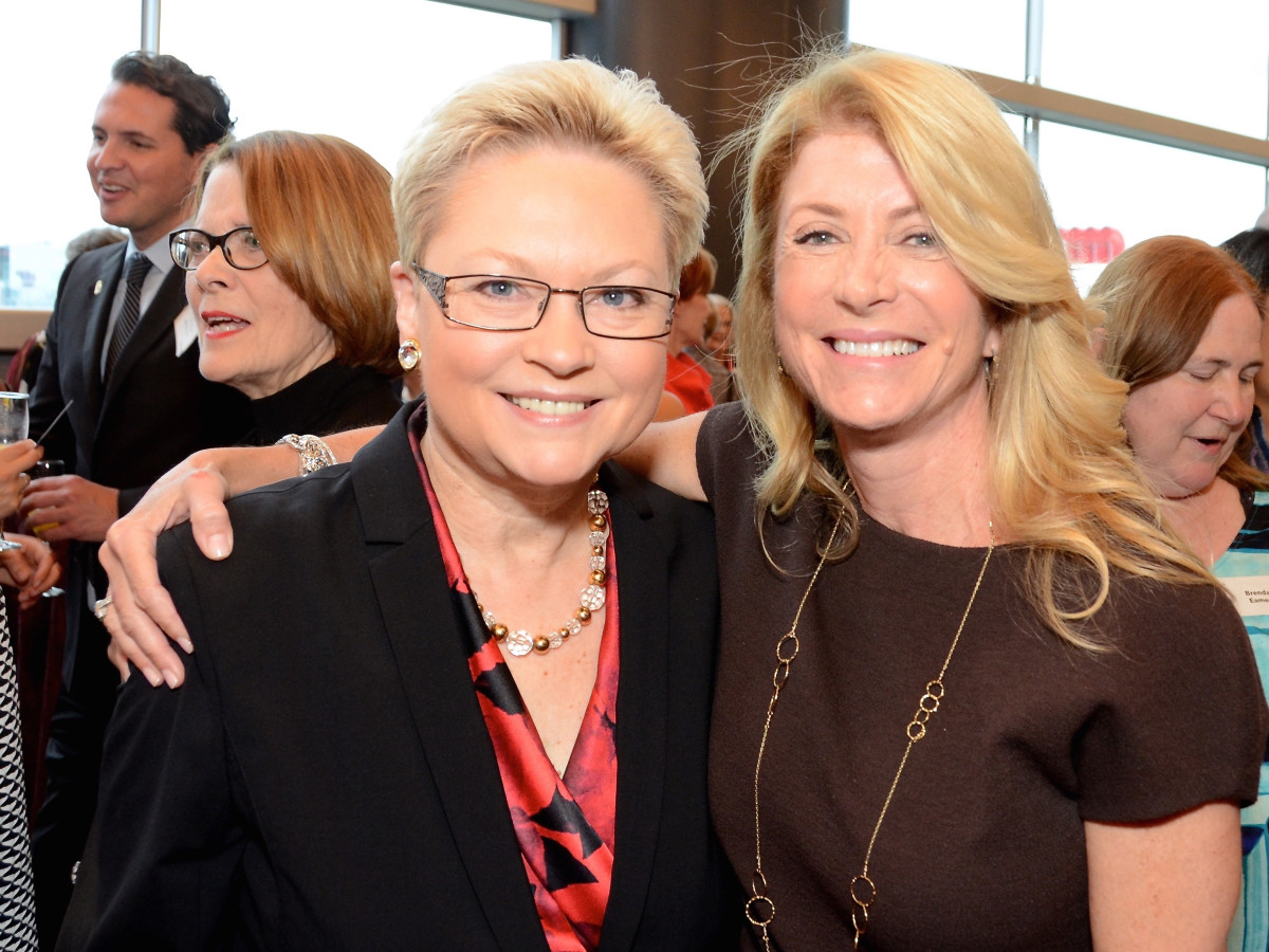 Melaney Linton, Wendy Davis at Planned Parenthood luncheon