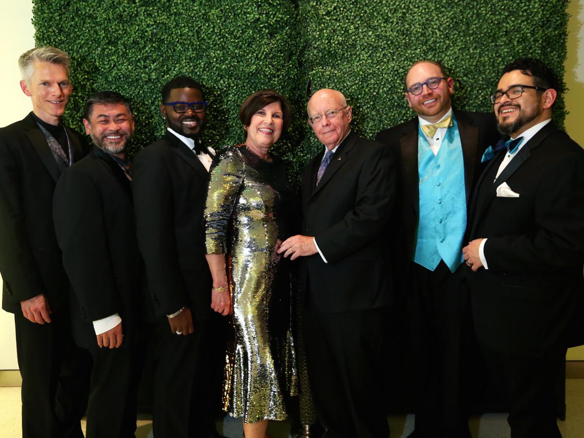 "Matthew Dirst, Sixto Wagan, John Holiday, Robin Angly, Miles Smith, Darrin Davis and Mario Gudmundsson at the Ars Lyrica ""Roaring Twenties"" Gala"