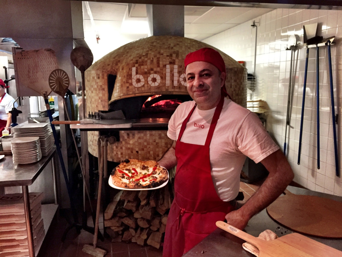 Ray Salti Bollo pizza