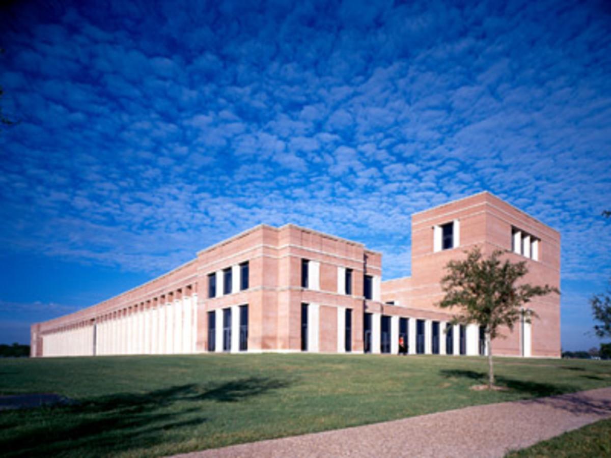 News_Shepherd School of Music_Exterior_Jan 2011