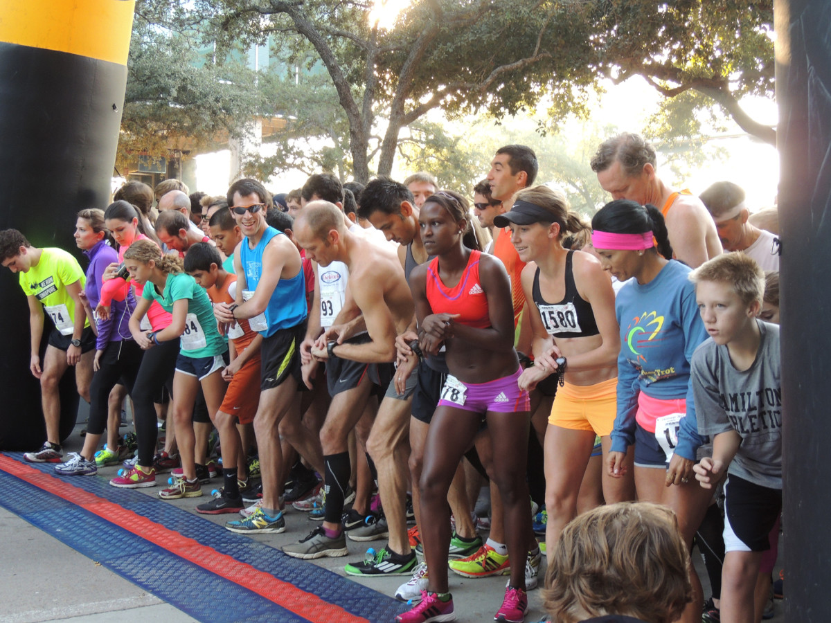 2013 TXU Energy Turkey Trot benefiting Sheltering Arms Senior Services
