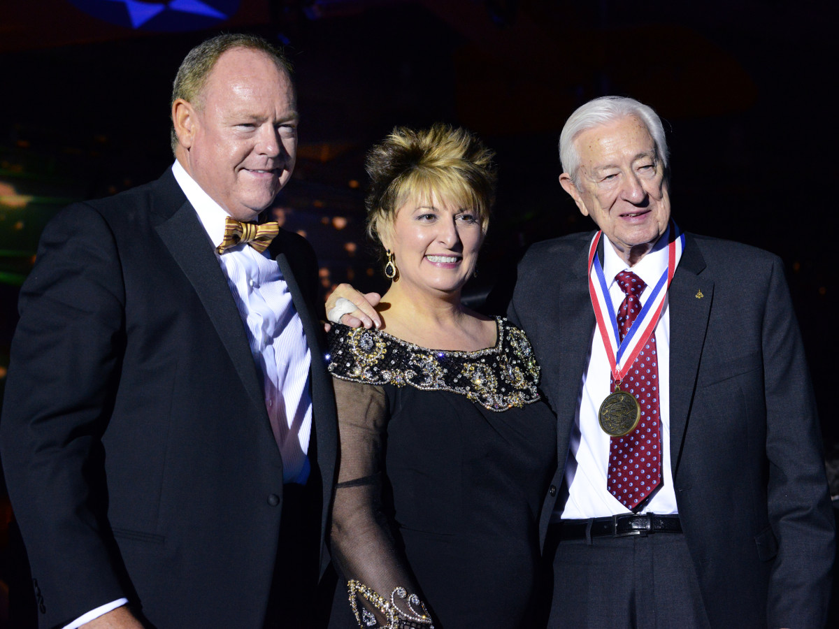 Hugh McElroy, Cheryl Shutterfield-Jones, Ralph Hall, Frontiers of Flight Museum, gala