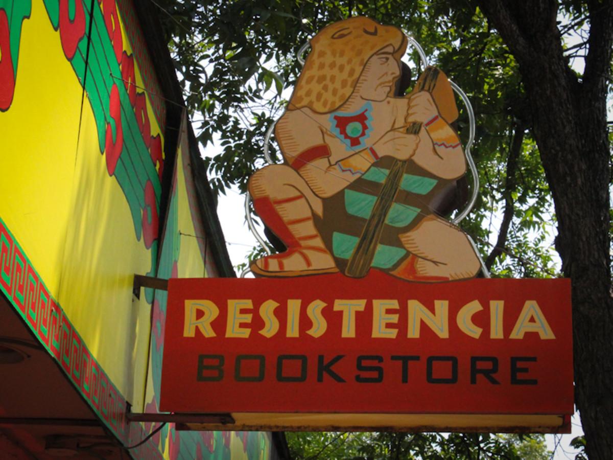 Austin Photo Set: News_gabino_resistencia bookstore_may 2012_2