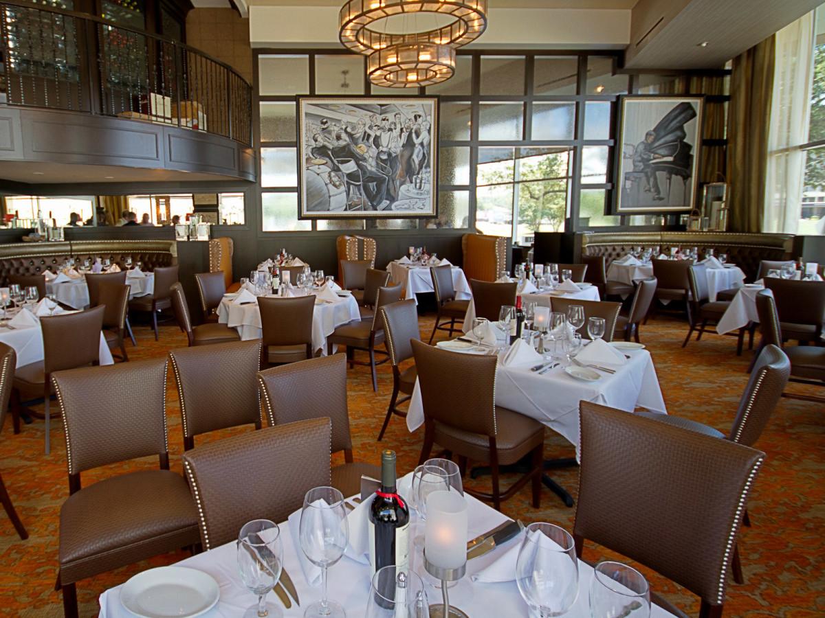 Ruth's Chris Steak House Houston main dining room