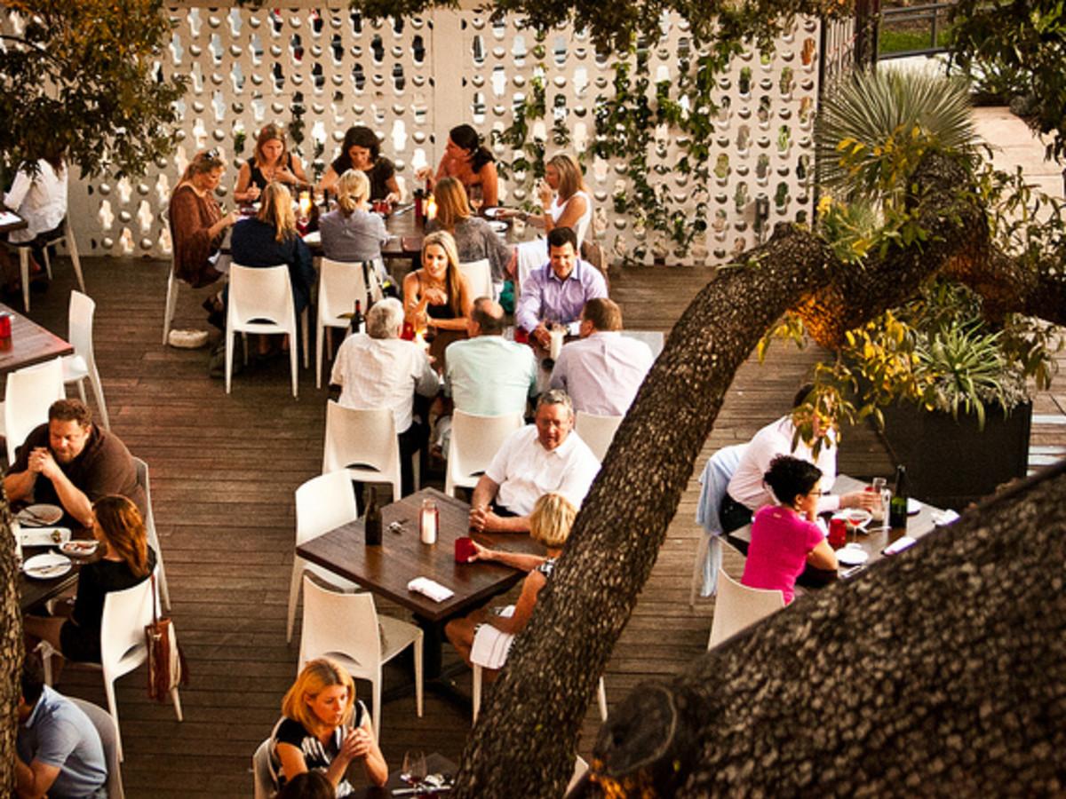 austin photo set: news_july_dupuy_sunday dinner