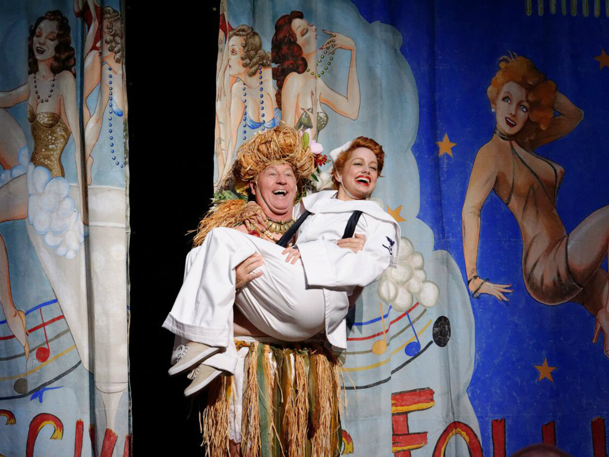 """""""South Pacific"""" at Lyric Stage in Irving"""