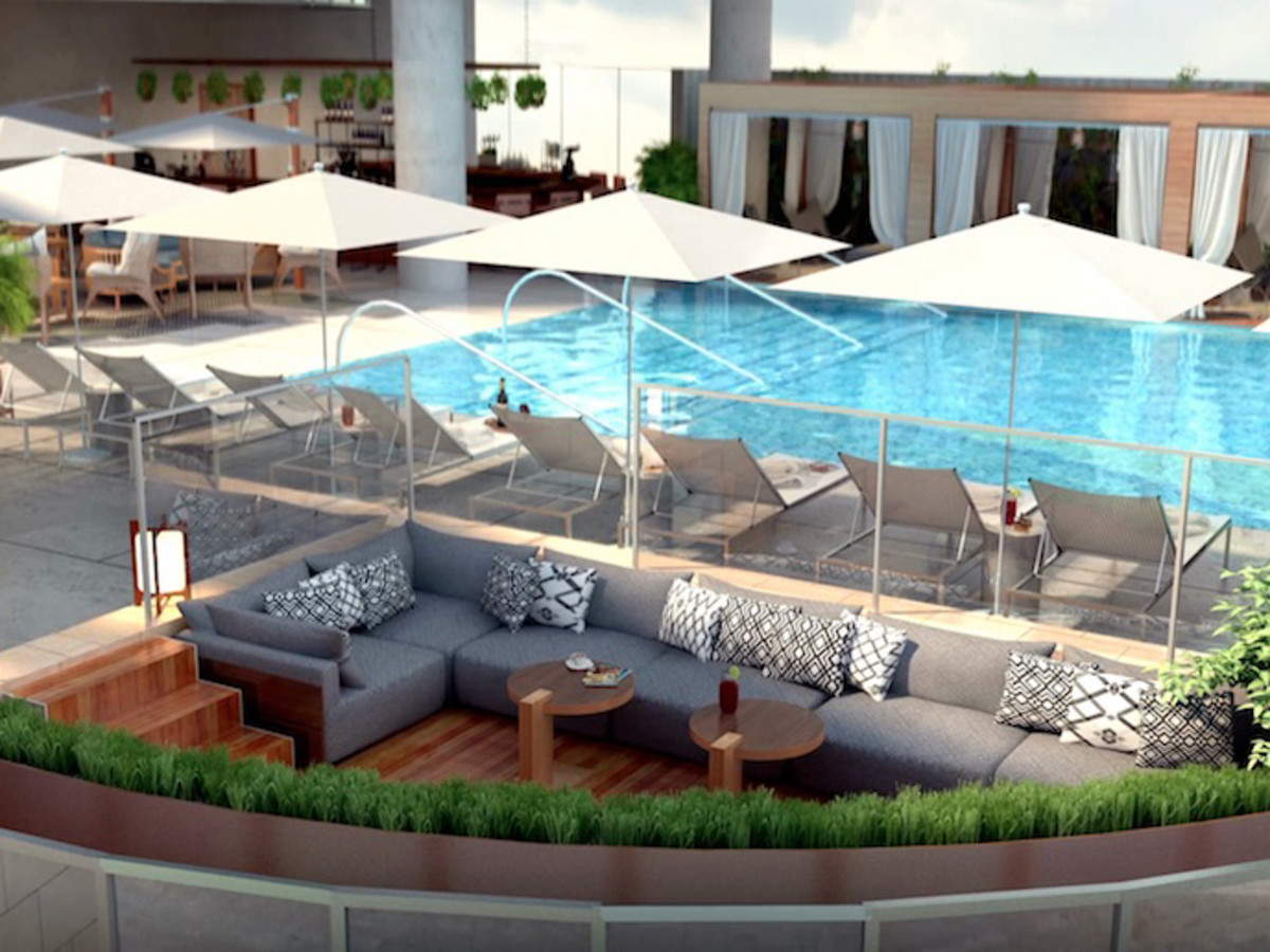 The Arts Residences at the Thompson Hotel pool