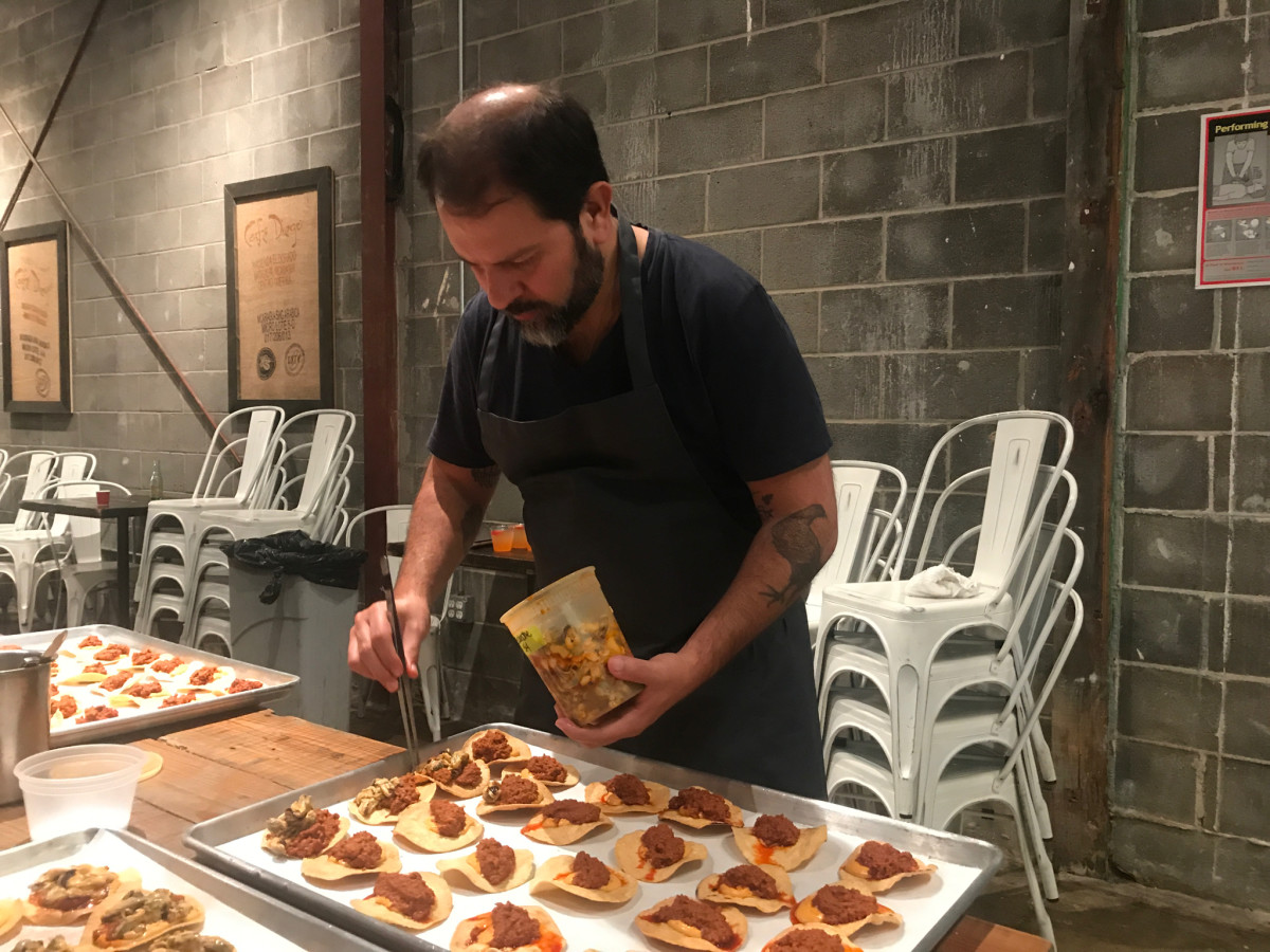 Big Pop-Up Enrique Olvera plating