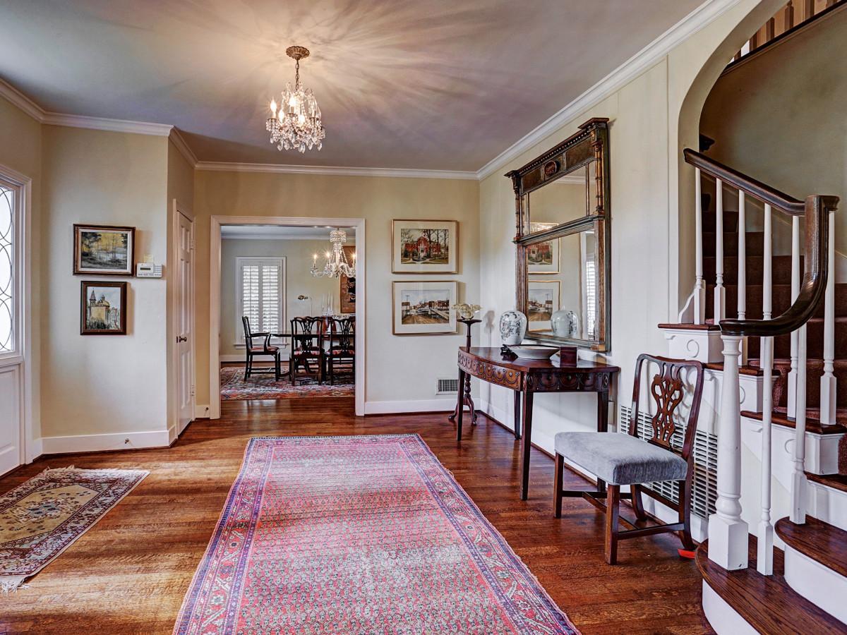 Denton Cooley RIver Oaks home for sale foyer