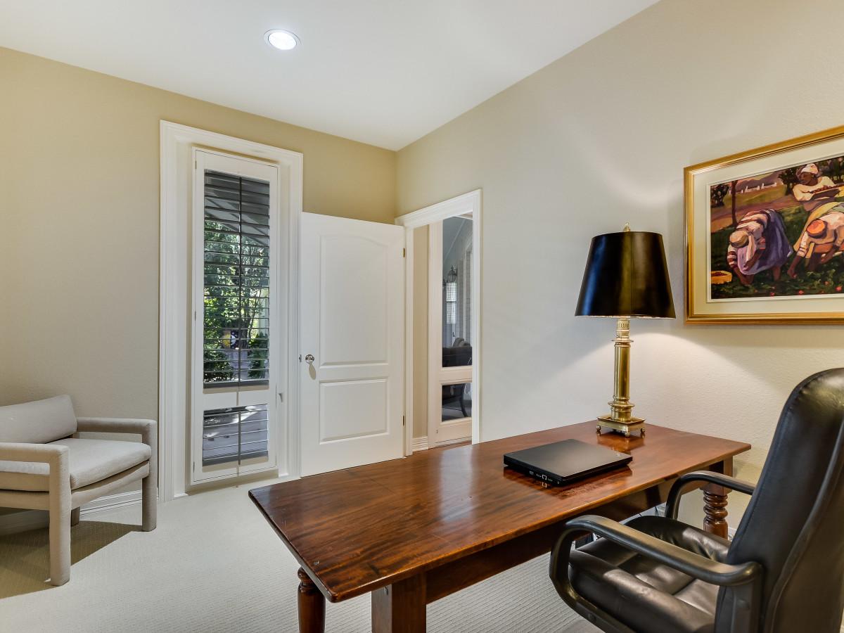107 Limestone Oak San Antonio house for sale