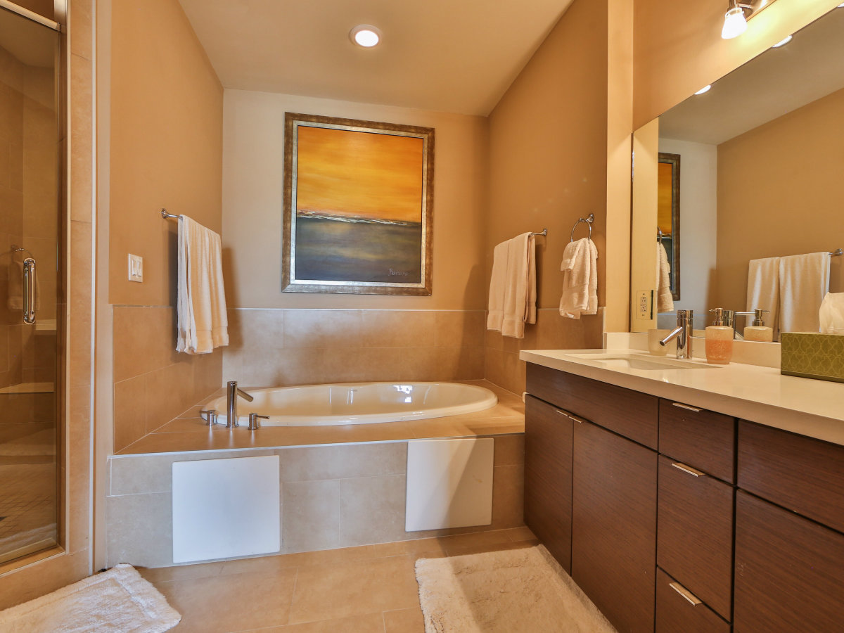 17902 La Cantera Pkwy condo for sale San Antonio bathroom