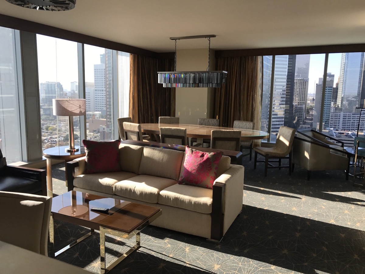 Marriott Marquis guest suite