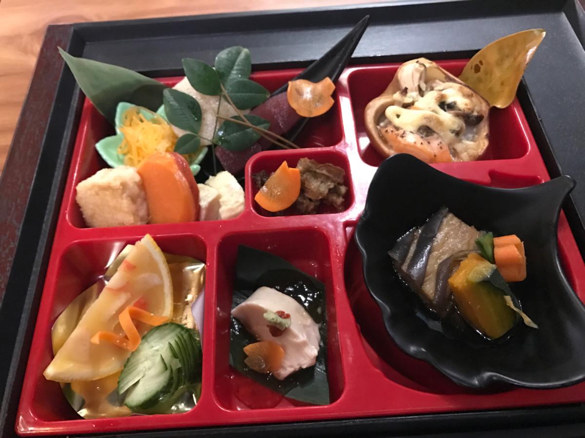 Zen Izakaya bento box