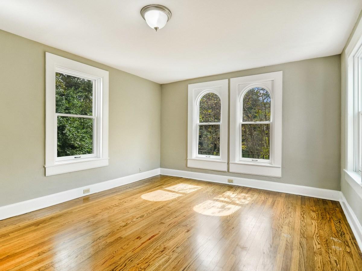141 Cloverleaf San Antonio house for sale bedroom
