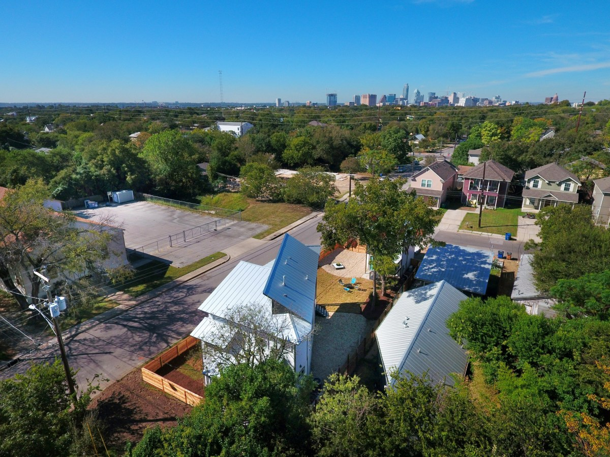 2406 E 16th St Austin house for sale
