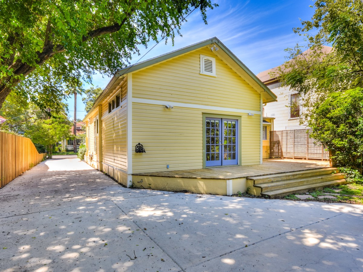 422 Mission San Antonio house for sale