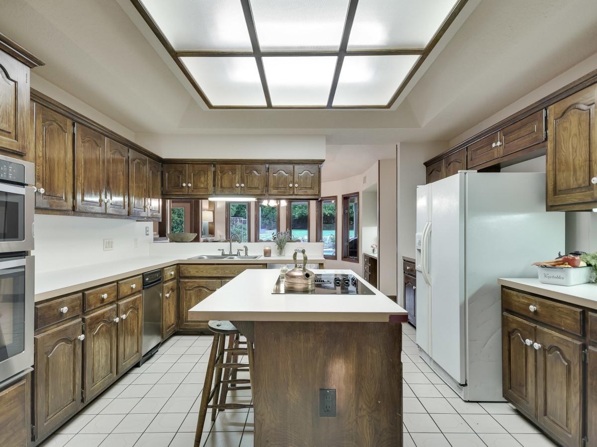 5 Muir Lane Austin house for sale kitchen