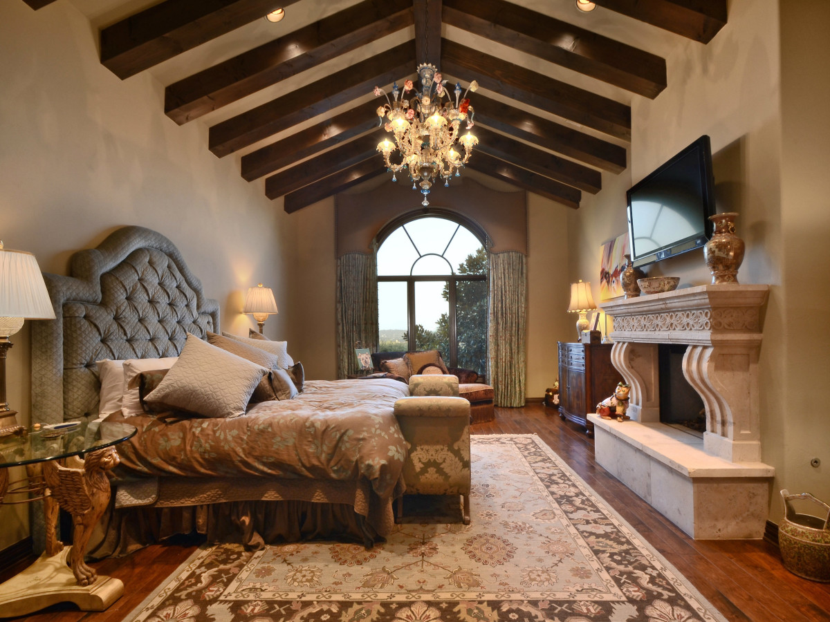 7900 Escala Austin house for sale master bedroom