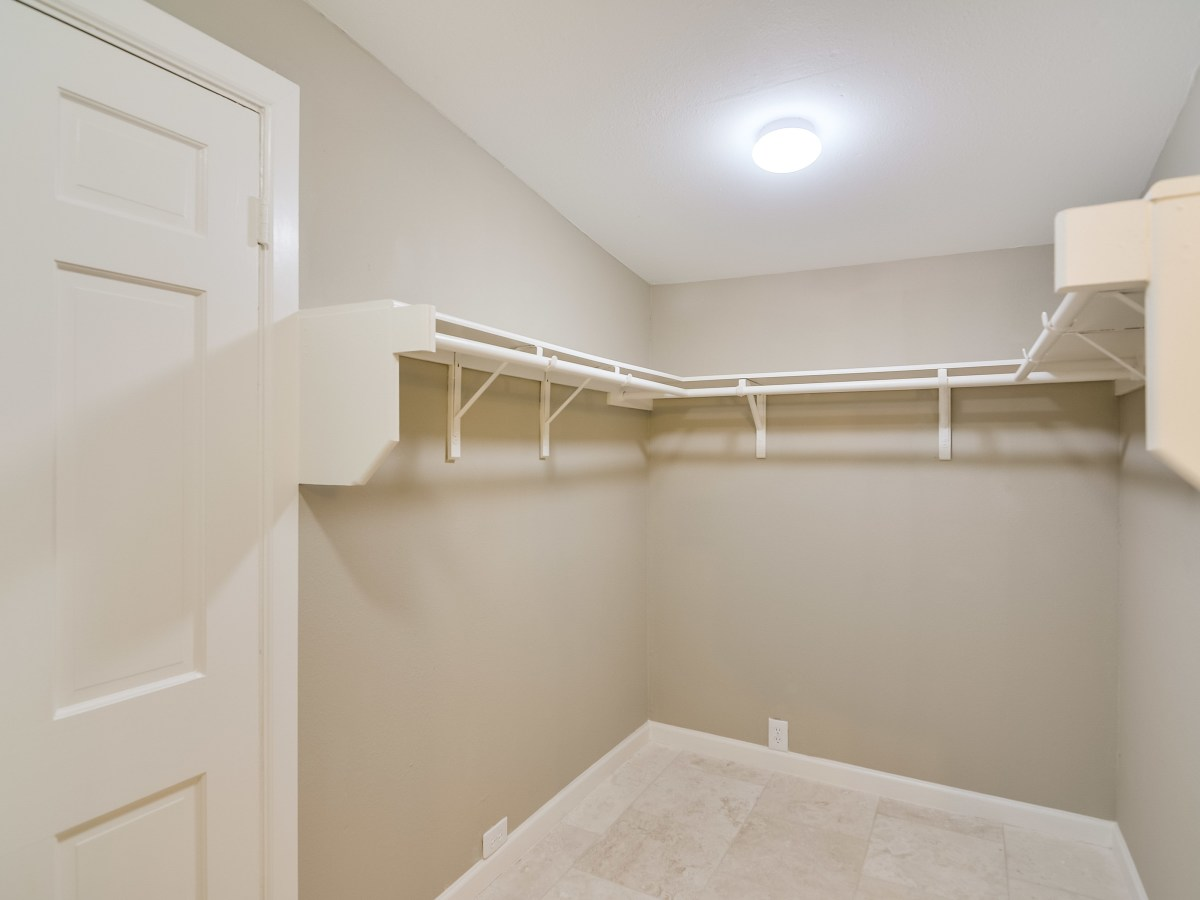 408 Funston San Antonio house for sale closet