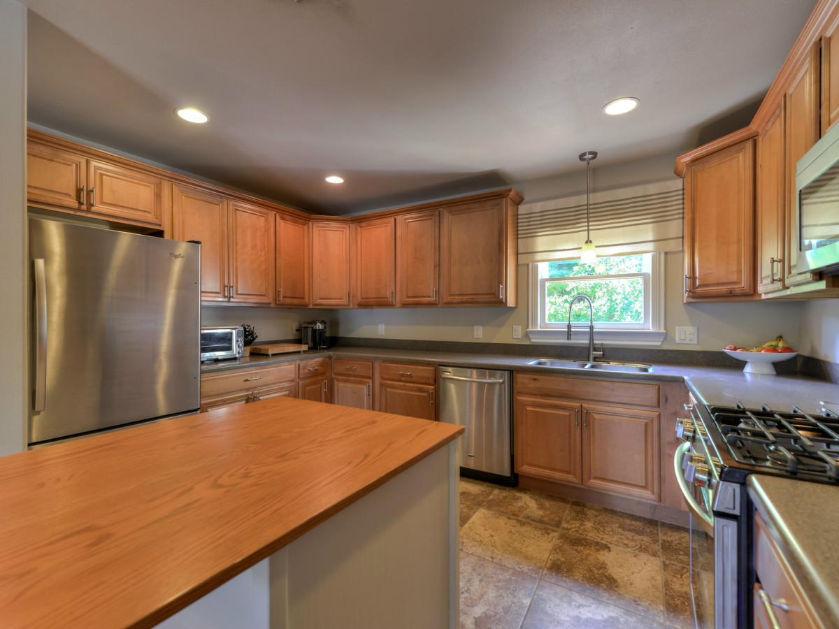 266 Claywell San Antonio house for sale kitchen
