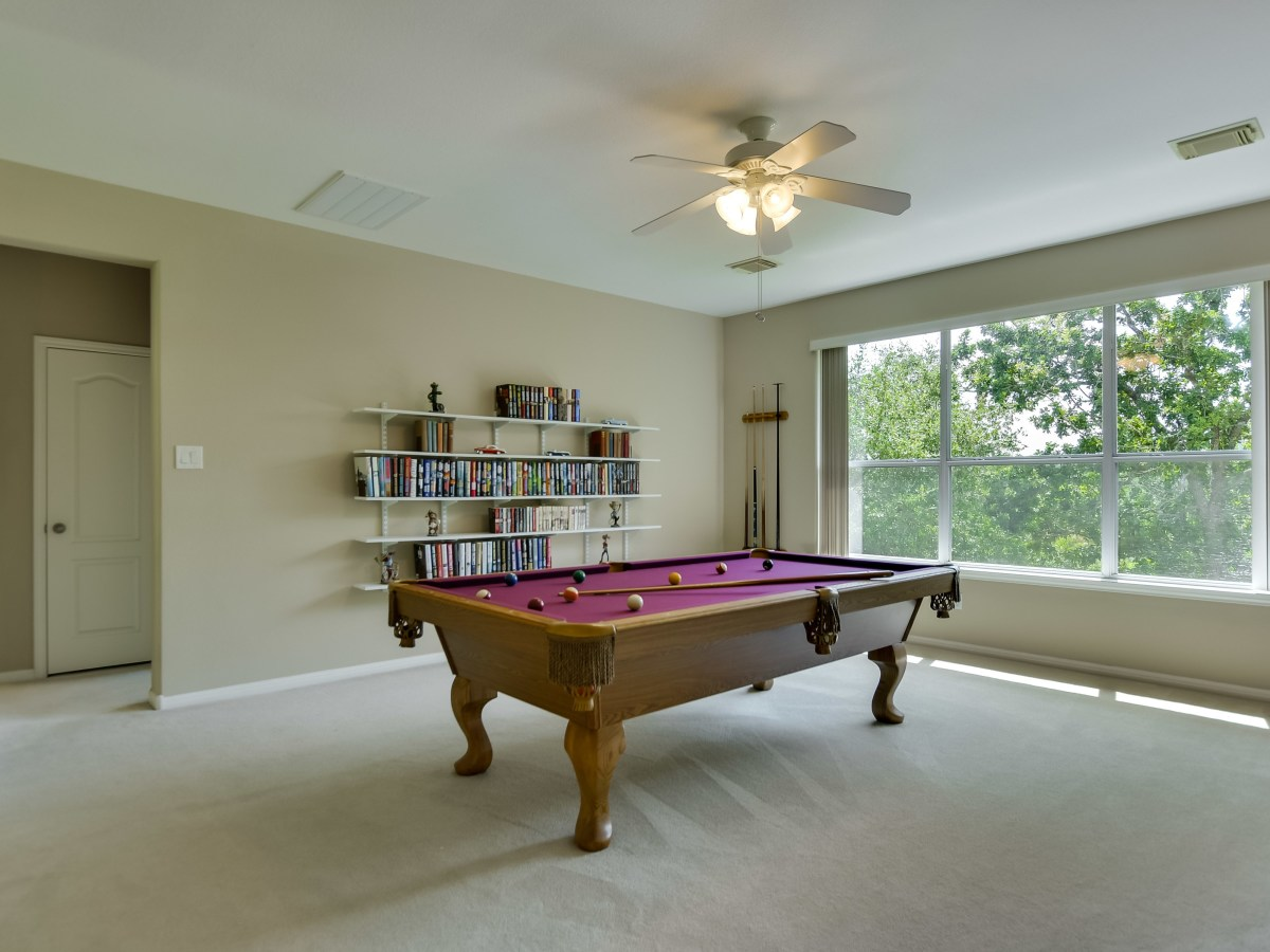 9013 Sautelle Austin house for sale game room