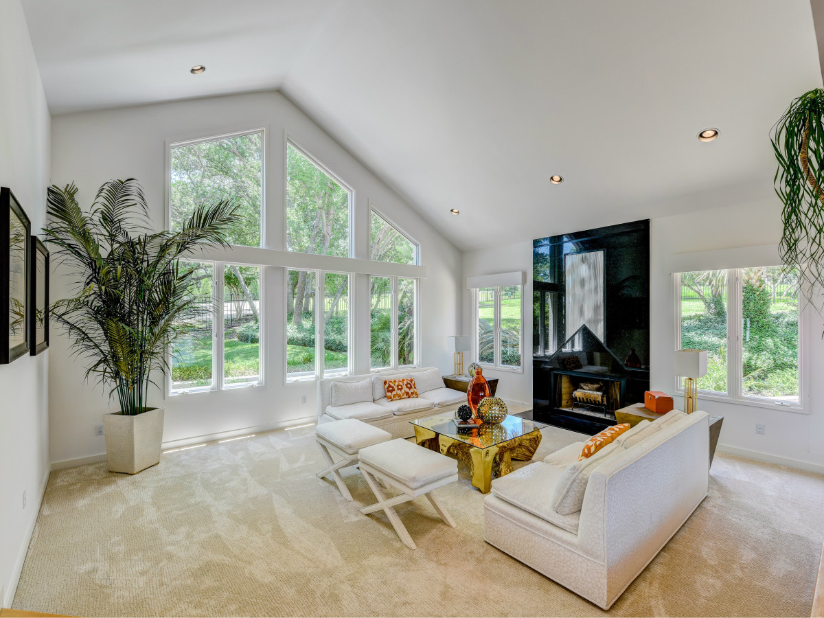 3304 Barton Creek Austin house for sale living room