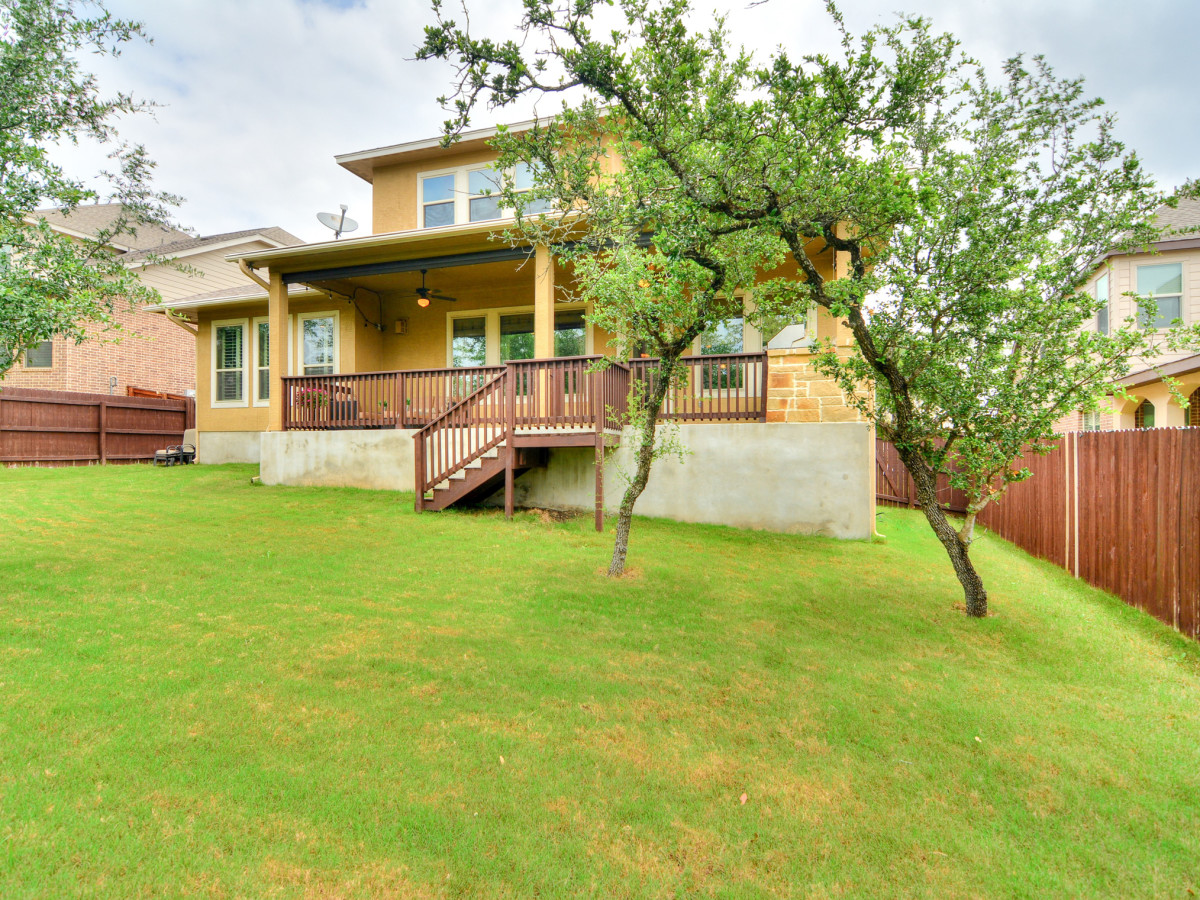 24323 Arboles Verdes San Antonio house for sale backyard