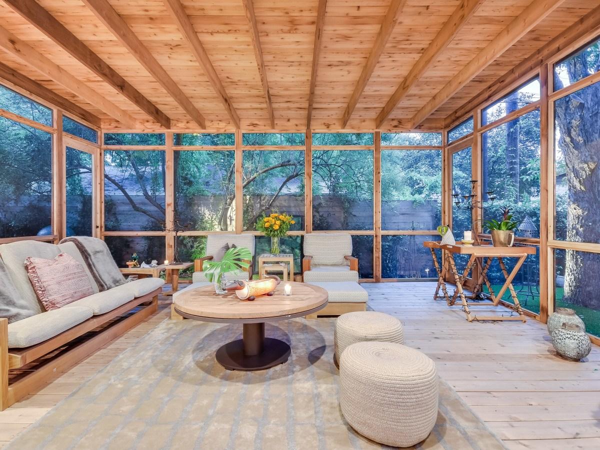 2012A Rabb Glen Austin house for sale sunroom