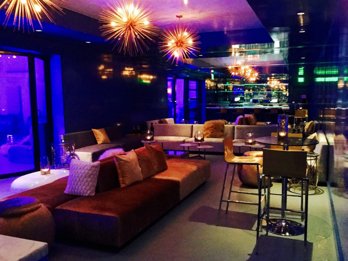 Houston, First Look at Bar Bleu, June 2016, side room