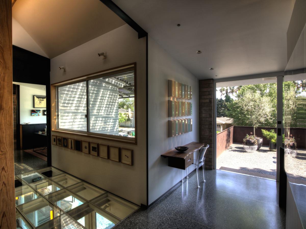 1514 Banks, June 2016, 2nd floor gallery