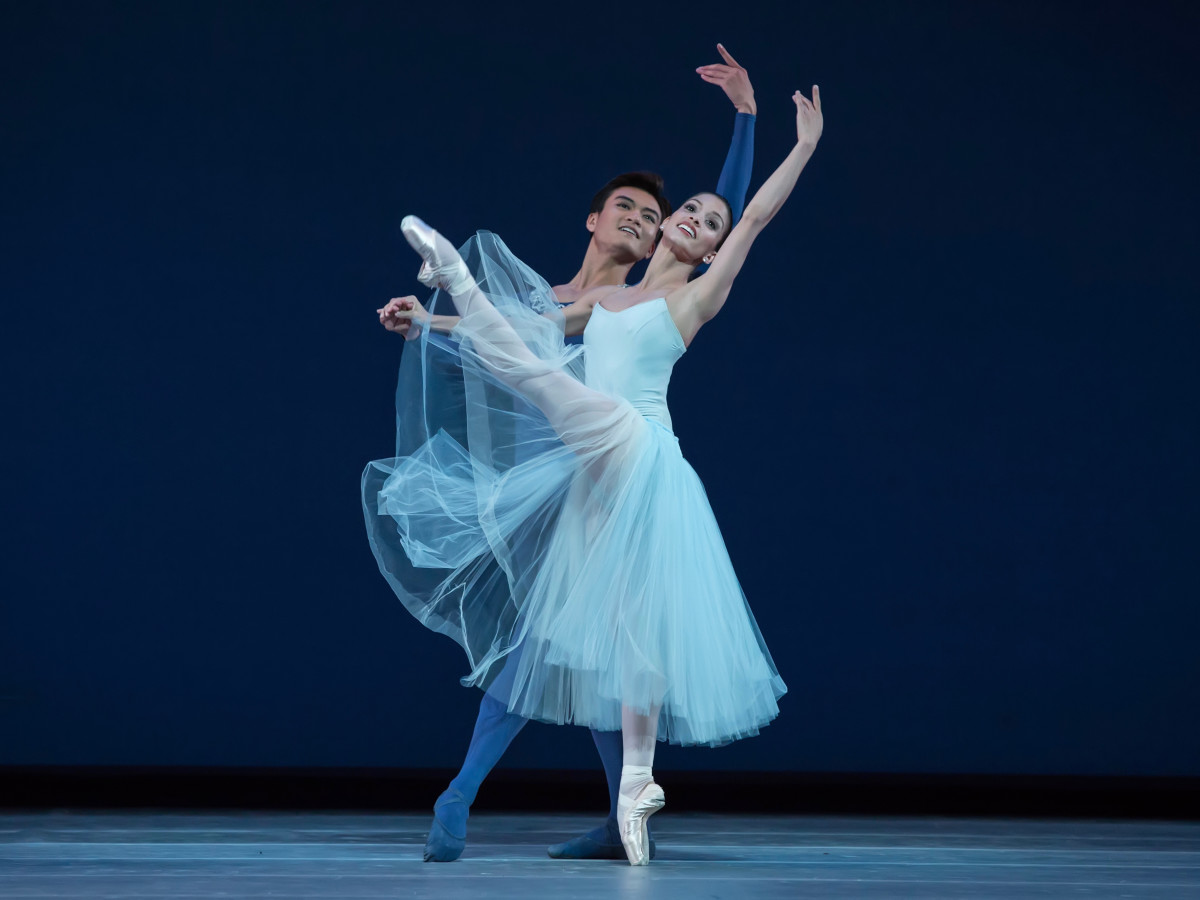 Houston Ballet Serenade, Karina Gonzalez and Chun Wai Chan