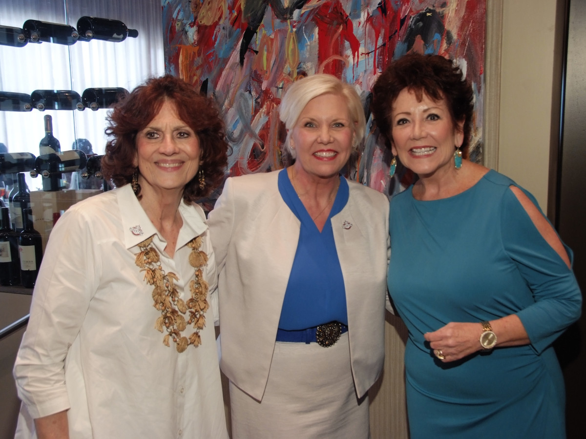 Houston, Women's Excellence in Business Series Luncheon, May 2016, Donna Vallone, Sallie Sargent, Kathryn Mumaw