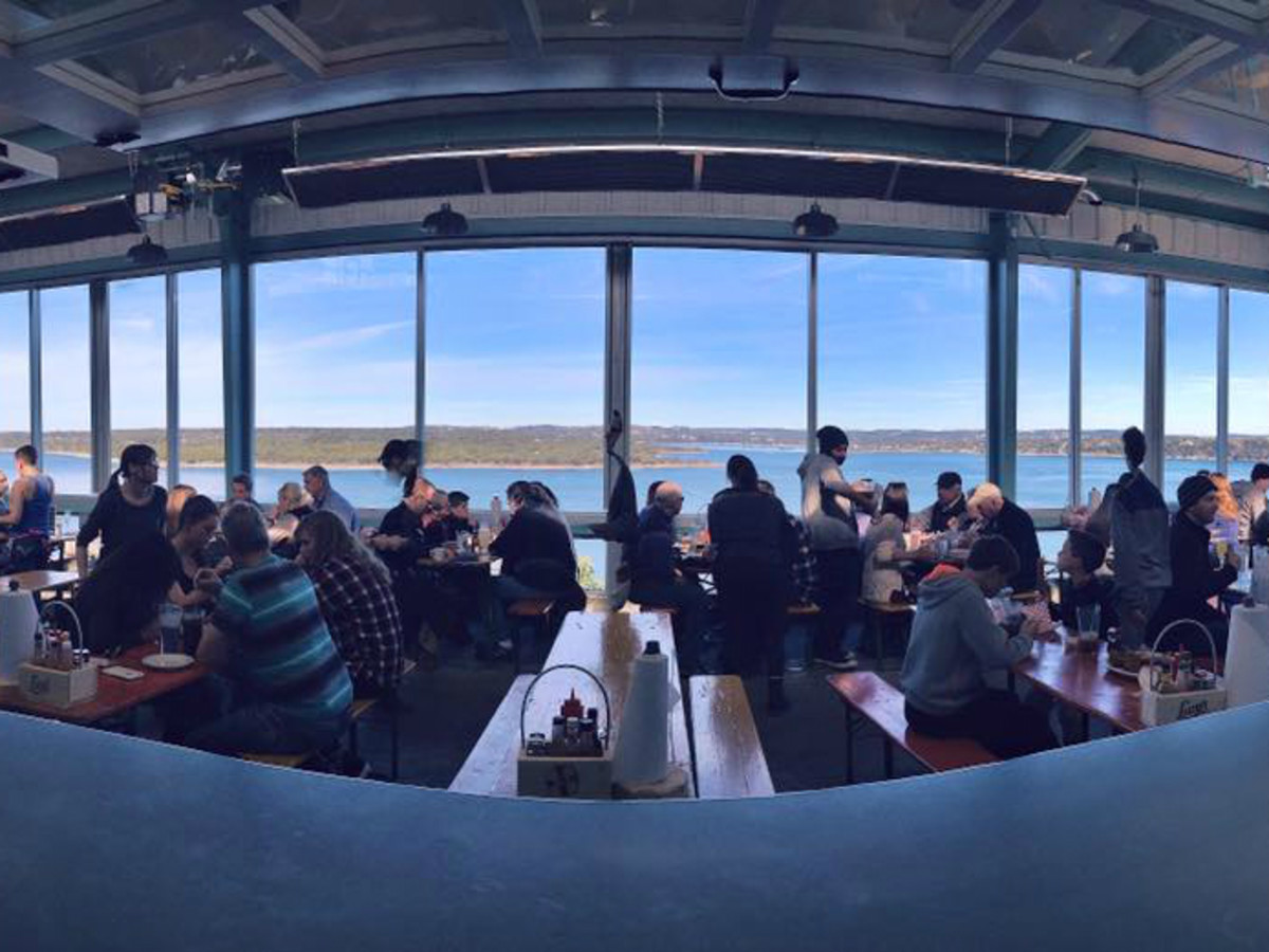 Lucy's Fried Chicken Lake Travis views interior seating