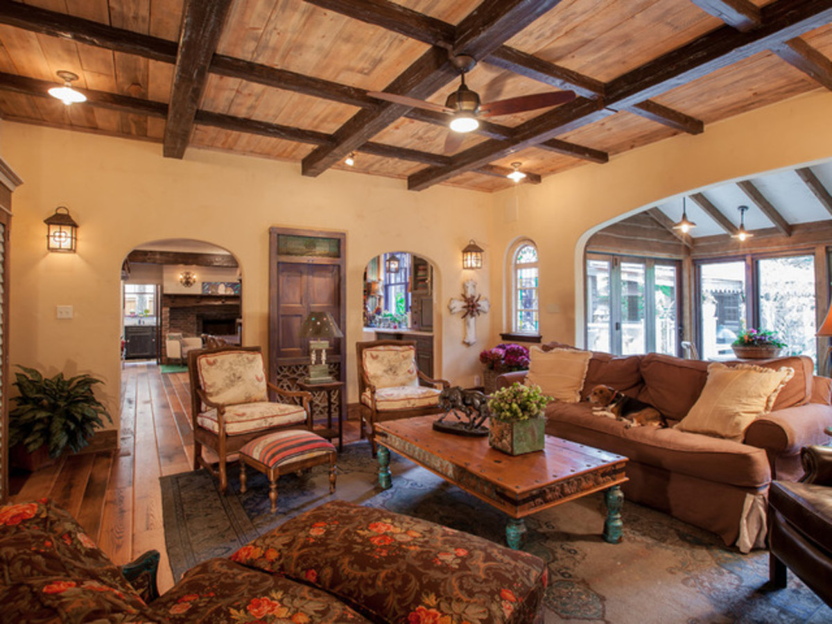 Dallas University Park home Houzz tour living room
