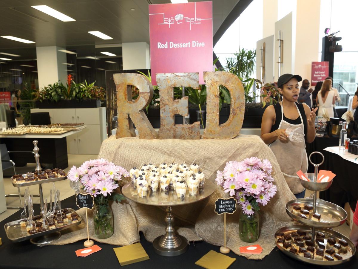 BBBS Big Taste Red Dessert Dive
