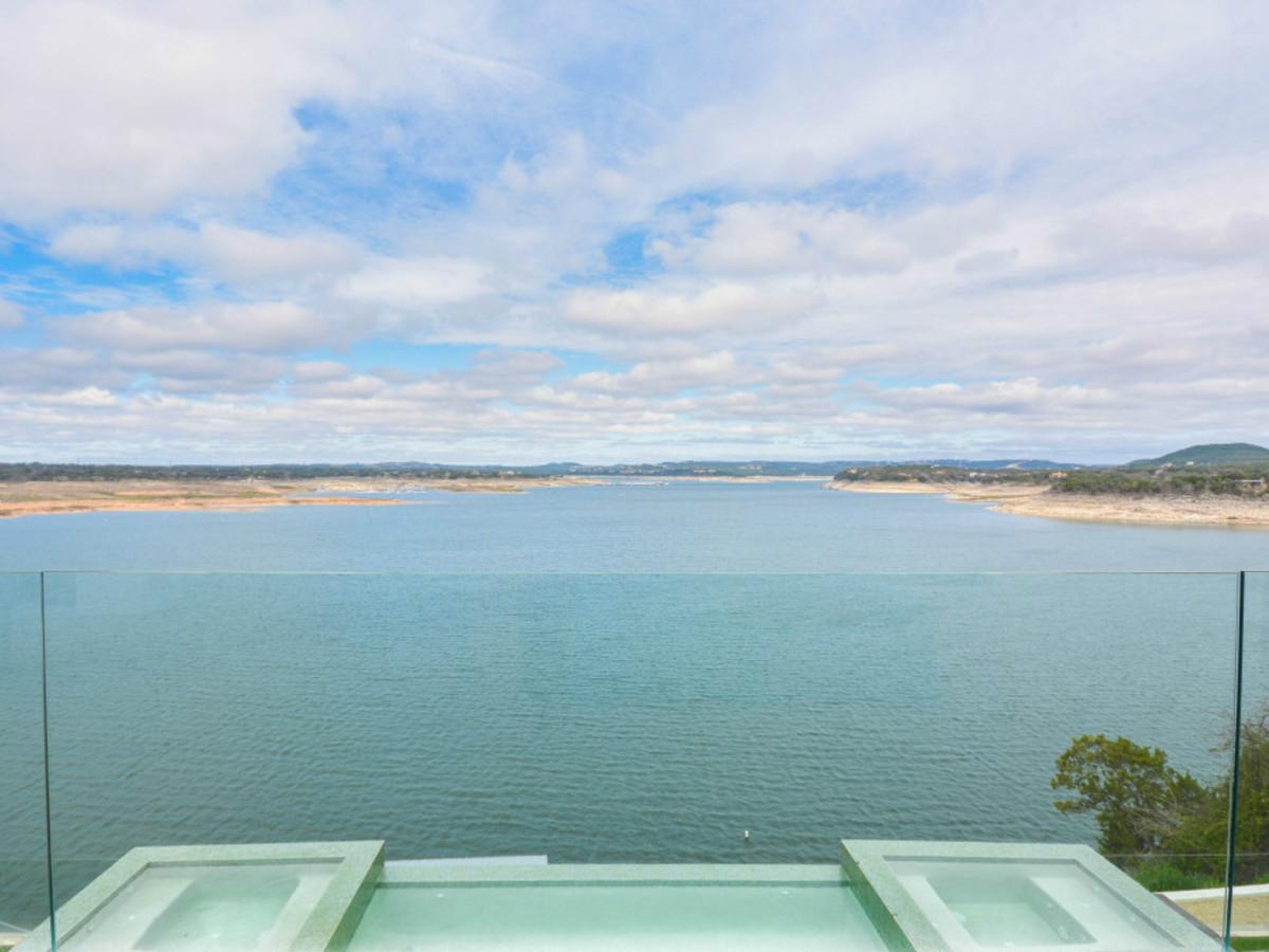 Austin house home Acqua Villa Winn Wittman Lake Travis 14515 Ridgetop Terrace 78732 back view