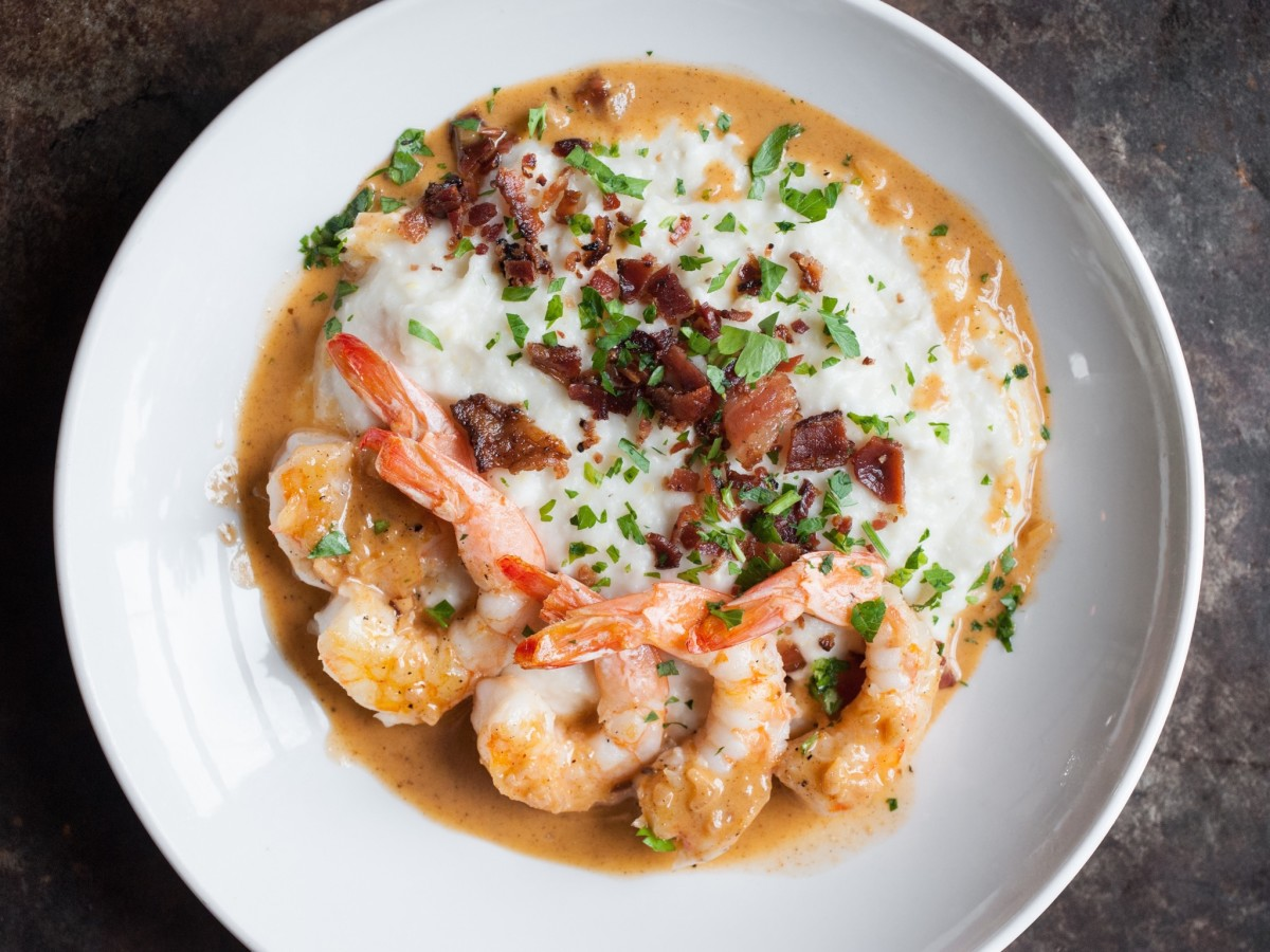 Dish Society shrimp and grits