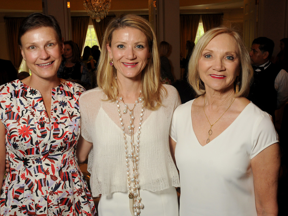 on the Move, March 2016, Alexandra knight, Stephanie Cockrell, Barbara Aliquo