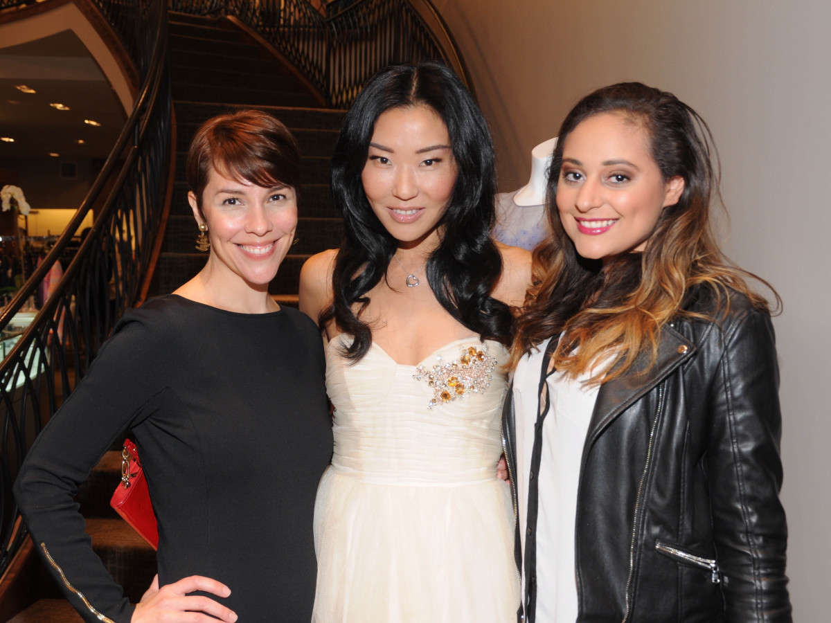 Lara Kopriva, Yuan Yuan Zhang, Jasmine Long at Elizabeth Anthony Passion for Fashion party