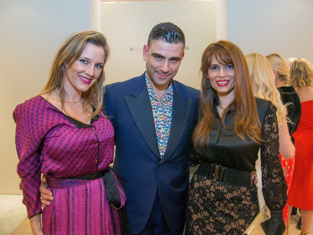 Sally Lechin, Rubin Singer, Karina Barbieri at Dress for Dinner