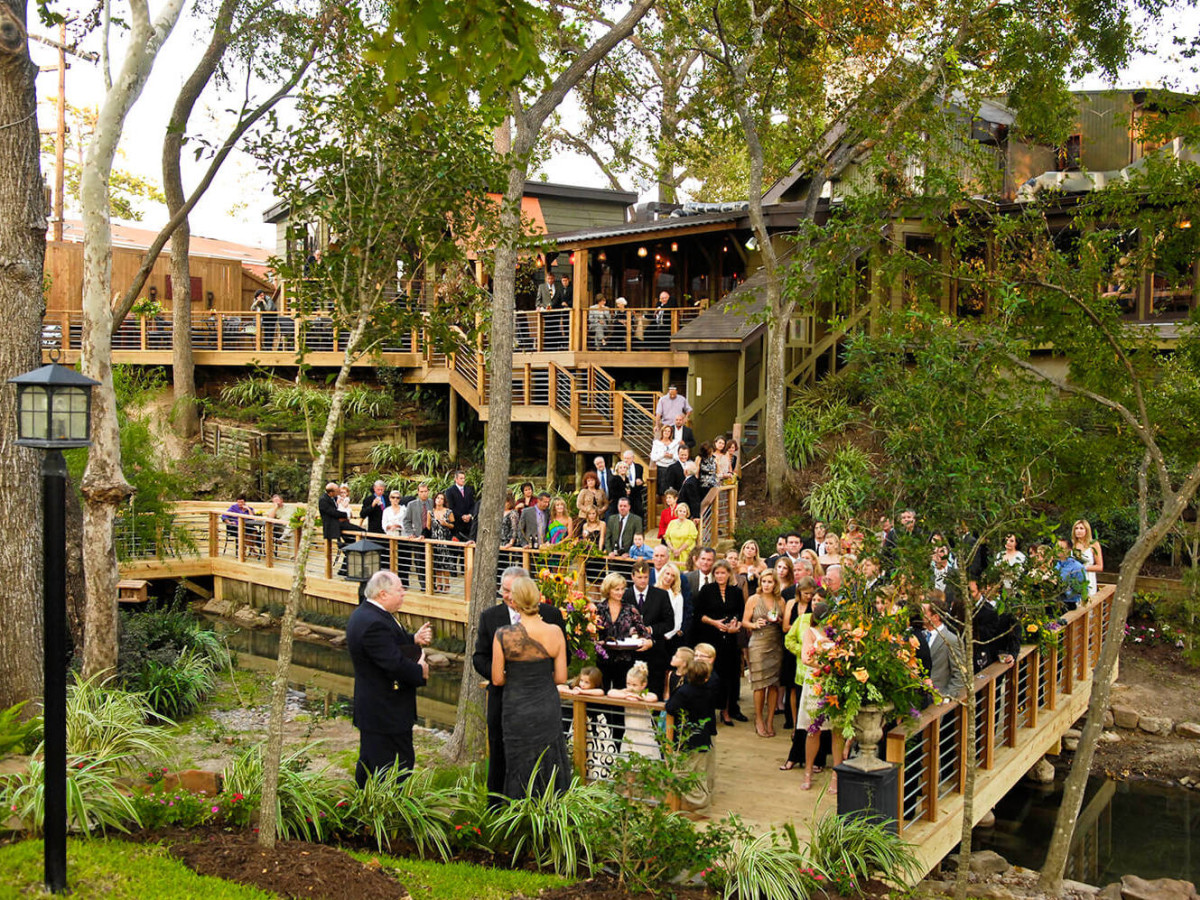 Rainbow Lodge wedding outdoor
