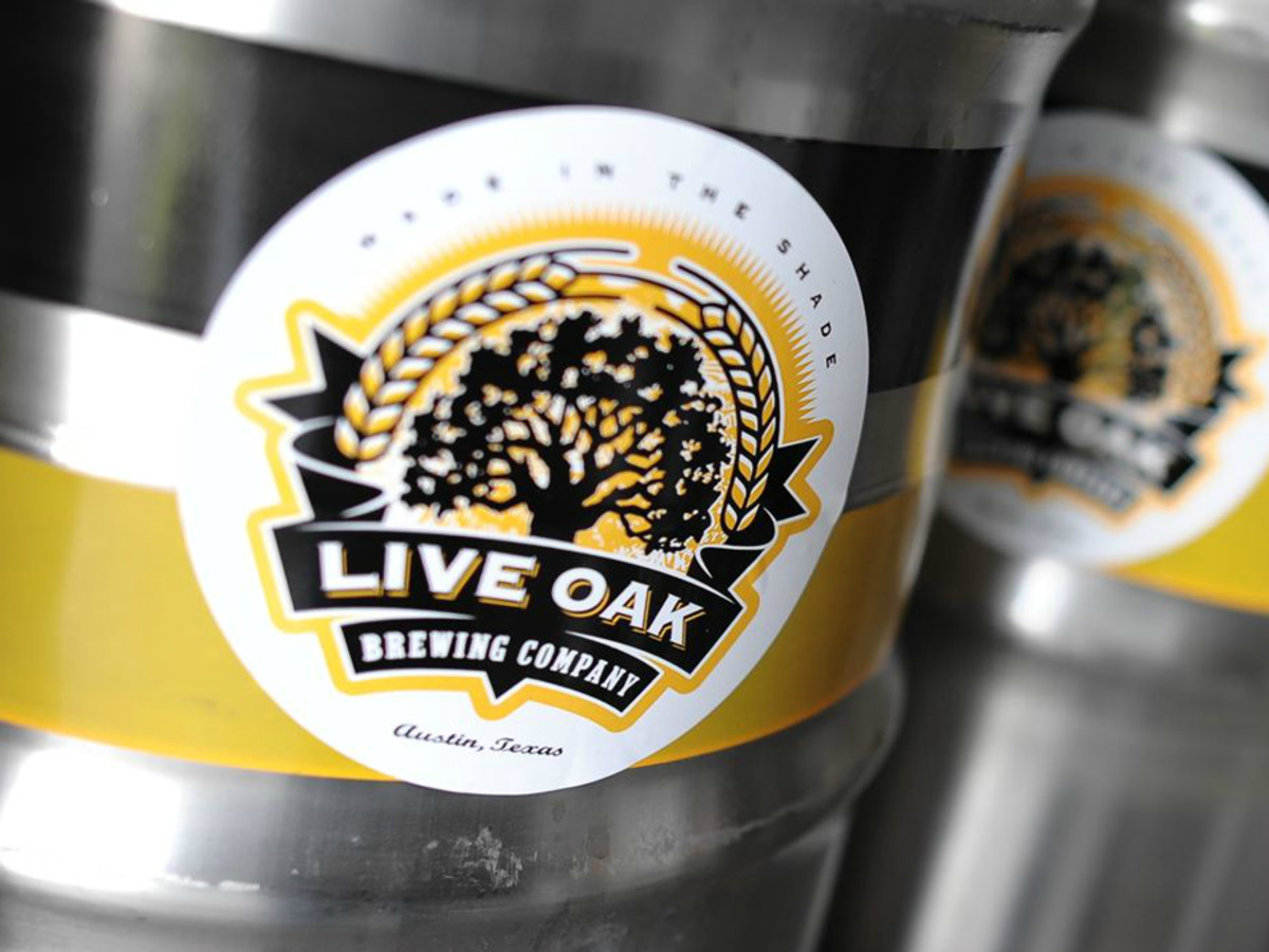 Live Oak Brewing Company keg logo closeup