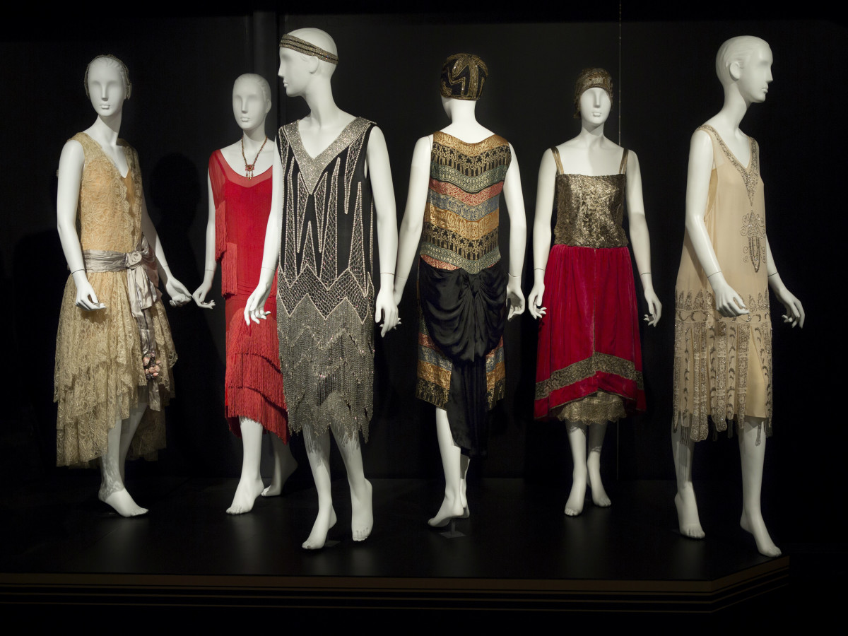 Decadence exhibition at Galleria Dallas