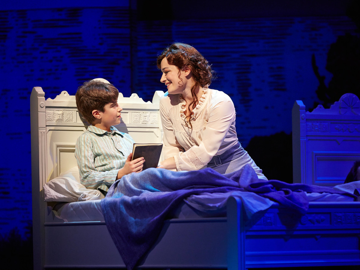Finding Neverland Broadway at Hobby Center