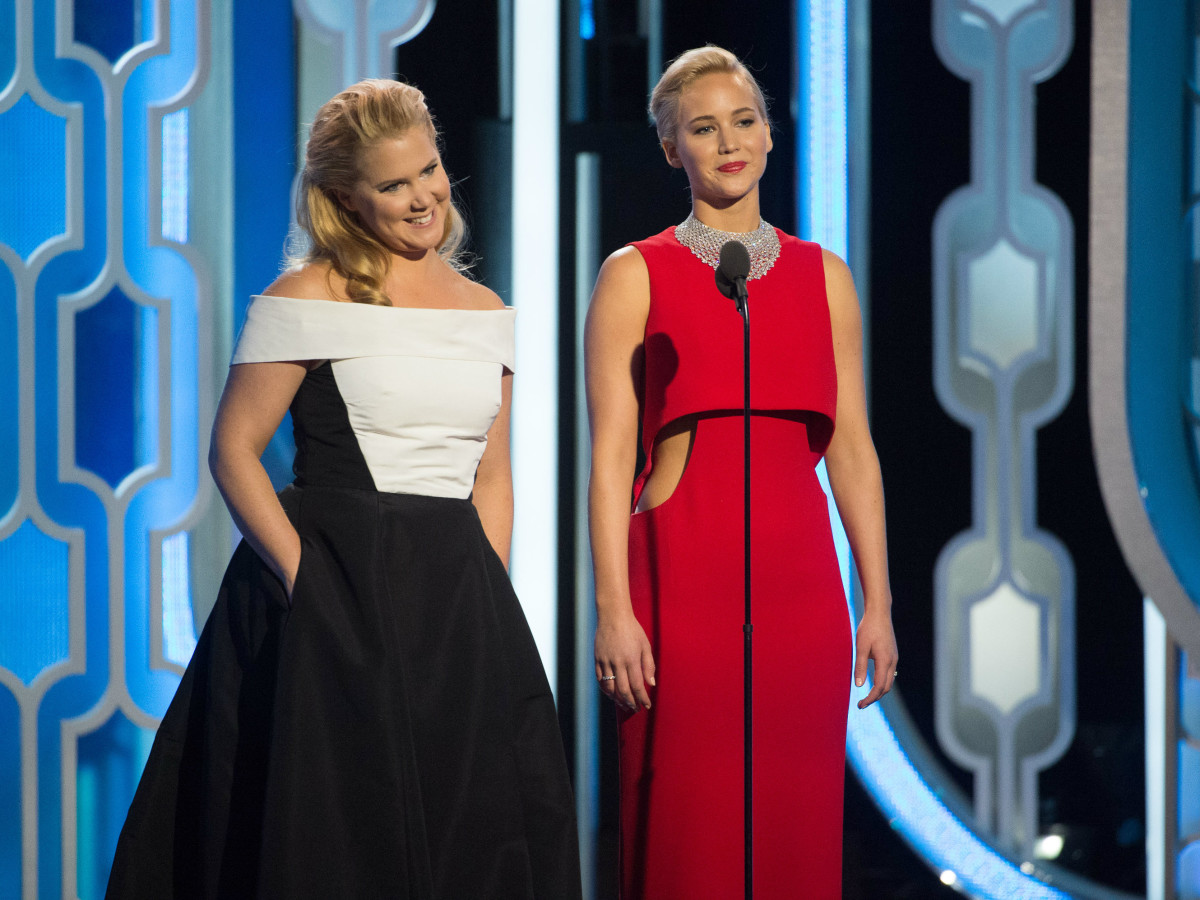Amy Schumer and Jennifer Lawrence at Golden Globes